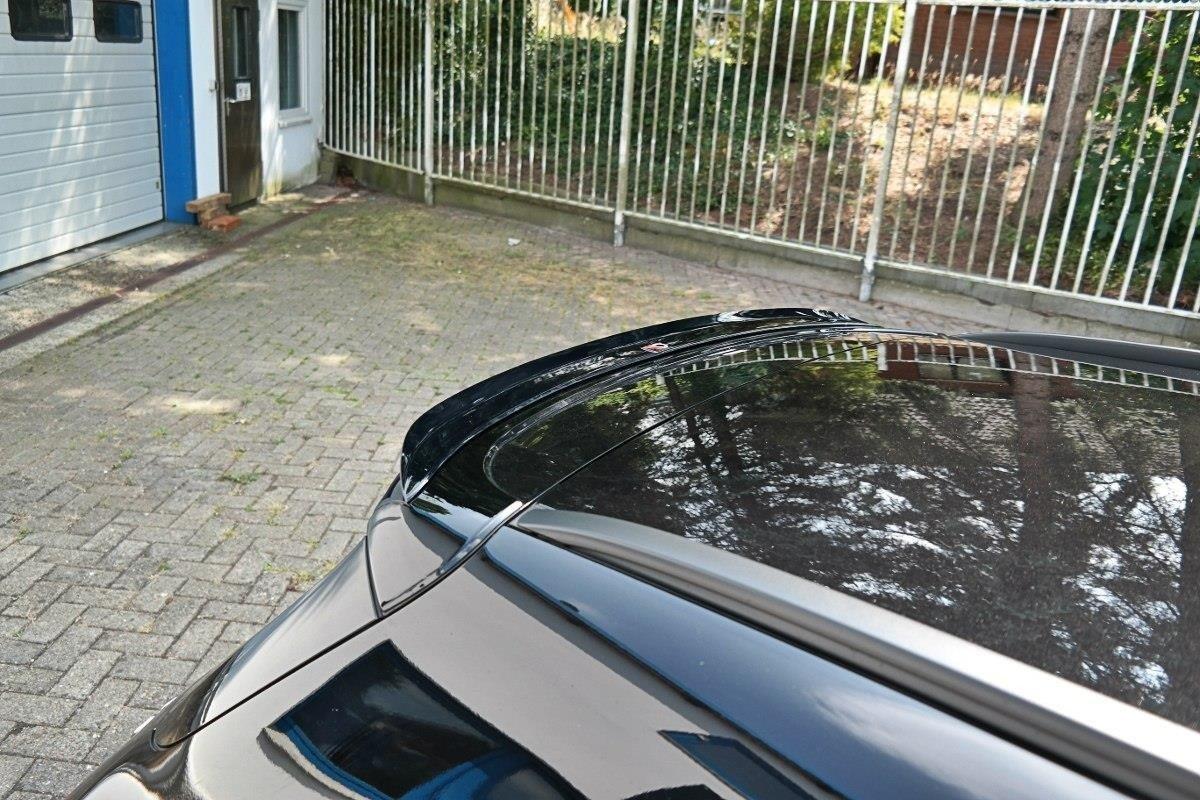 skinnende sort Vinge Mercedes W205 63 AMG