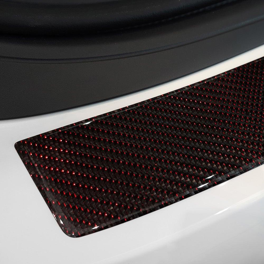 Lastskydd kolfiber med röda detaljer till BMW F36 4D